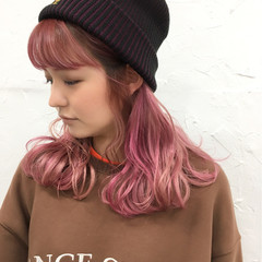 ゆるふわ ピンク アンニュイ ミディアム ヘアスタイルや髪型の写真・画像