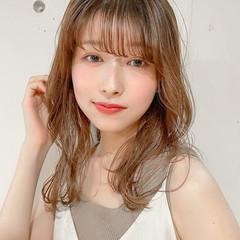 デジタルパーマ レイヤーカット セミロング ゆるふわパーマ ヘアスタイルや髪型の写真・画像