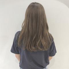 秋 ミルクティーベージュ 透明感 ナチュラル ヘアスタイルや髪型の写真・画像