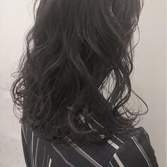 アッシュグレージュ ナチュラル アッシュ 外国人風カラー ヘアスタイルや髪型の写真・画像