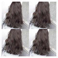 暗髪 ロング 外国人風 ウェーブ ヘアスタイルや髪型の写真・画像