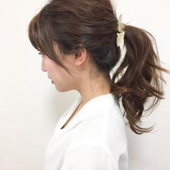 セミロング 暗髪 簡単ヘアアレンジ ハーフアップ ヘアスタイルや髪型の写真・画像
