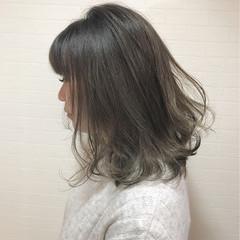 ミディアム 色気 ニュアンス ボブ ヘアスタイルや髪型の写真・画像