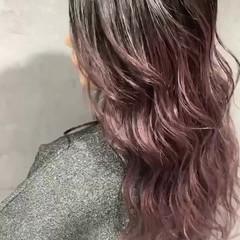 ラズベリーピンク グラデーションカラー モード ピンクバイオレット ヘアスタイルや髪型の写真・画像