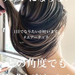 ミルクティーベージュ ストリート アッシュグレージュ ロング ヘアスタイルや髪型の写真・画像