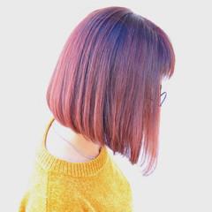 ピンク 切りっぱなし ガーリー グラデーションカラー ヘアスタイルや髪型の写真・画像