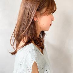 結婚式 レイヤーカット ミディアム 大人かわいい ヘアスタイルや髪型の写真・画像