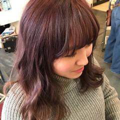 ガーリー ピンクアッシュ ラベンダーピンク グラデーションカラー ヘアスタイルや髪型の写真・画像