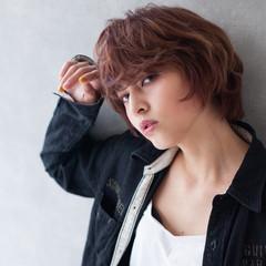 外国人風 ショート ピンク マッシュ ヘアスタイルや髪型の写真・画像