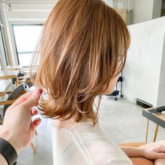 結婚式 ミディアム オフィス ナチュラル ヘアスタイルや髪型の写真・画像