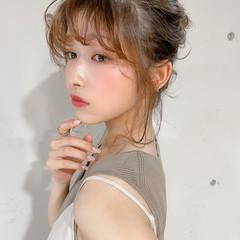 セルフヘアアレンジ シニヨン デジタルパーマ フェミニン ヘアスタイルや髪型の写真・画像