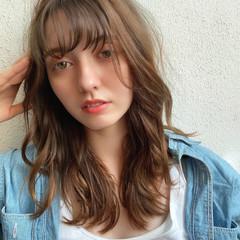 ナチュラル グレージュ デジタルパーマ イルミナカラー ヘアスタイルや髪型の写真・画像