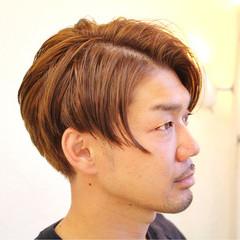 アッシュベージュ メンズ ストリート 坊主 ヘアスタイルや髪型の写真・画像