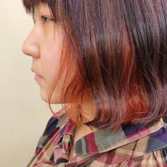 インナーカラー ボブ 切りっぱなし ガーリー ヘアスタイルや髪型の写真・画像