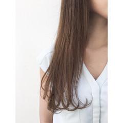 フェミニン イルミナカラー ロング ストリート ヘアスタイルや髪型の写真・画像