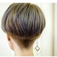 暗髪 アッシュ 個性的 モード ヘアスタイルや髪型の写真・画像