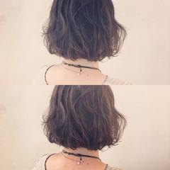 ゆるふわ ボブ パーマ ラフ ヘアスタイルや髪型の写真・画像