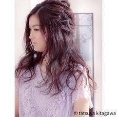 リラックス フェミニン ハーフアップ ゆるふわ ヘアスタイルや髪型の写真・画像