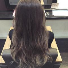 外国人風 グラデーションカラー 暗髪 ガーリー ヘアスタイルや髪型の写真・画像
