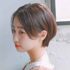 小顔ショート ショート センターパート ヘアアレンジ ヘアスタイルや髪型の写真・画像