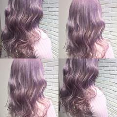 フリンジバング ニュアンス ミルクティー デート ヘアスタイルや髪型の写真・画像