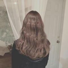 外国人風 アッシュ ロング エレガント ヘアスタイルや髪型の写真・画像