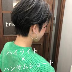 ストリート シアーベージュ ミニボブ ショート ヘアスタイルや髪型の写真・画像