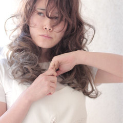 フェミニン 大人かわいい ハンサム 大人女子 ヘアスタイルや髪型の写真・画像