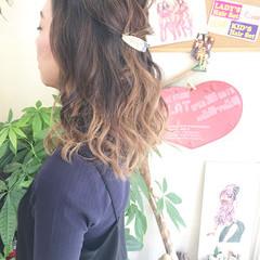 ラフ フェミニン ミディアム ヘアアレンジ ヘアスタイルや髪型の写真・画像