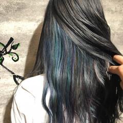 フェミニン ロング 透明感 インナーカラー ヘアスタイルや髪型の写真・画像