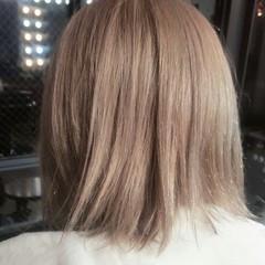 ボブ モード 切りっぱなし ホワイト ヘアスタイルや髪型の写真・画像