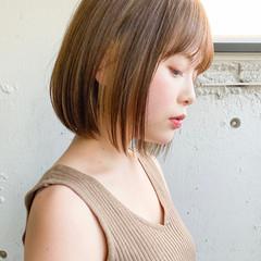 インナーカラー ショートヘア ベリーショート ボブ ヘアスタイルや髪型の写真・画像