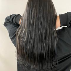 地毛ハイライト ナチュラル ハイライト セミロング ヘアスタイルや髪型の写真・画像