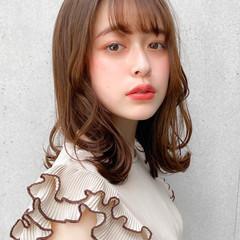 セミロング モテ髪 レイヤースタイル 外ハネ ヘアスタイルや髪型の写真・画像