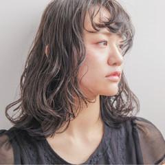 前髪あり ストリート ウェットヘア パーマ ヘアスタイルや髪型の写真・画像