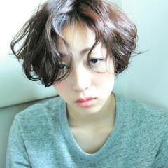 ゆるふわ パーマ ショート 外国人風 ヘアスタイルや髪型の写真・画像