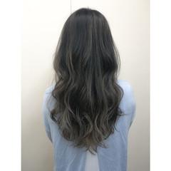暗髪 グラデーションカラー ストリート 外国人風 ヘアスタイルや髪型の写真・画像