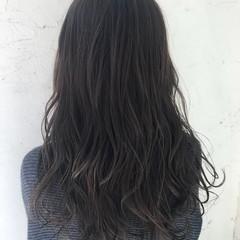 アンニュイ 外国人風 ロング グレージュ ヘアスタイルや髪型の写真・画像