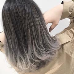 ブリーチ必須 グラデーション ボブ バレイヤージュ ヘアスタイルや髪型の写真・画像