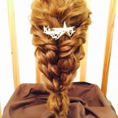 大人かわいい 三つ編み ナチュラル ゆるふわ ヘアスタイルや髪型の写真・画像