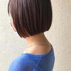 ナチュラル ショートヘア 切りっぱなしボブ ミニボブ ヘアスタイルや髪型の写真・画像