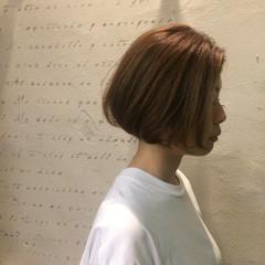 ボブ ヘアアレンジ ナチュラル 切りっぱなし ヘアスタイルや髪型の写真・画像