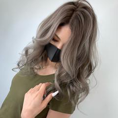 グレーアッシュ シルバーアッシュ アッシュ アッシュグレー ヘアスタイルや髪型の写真・画像