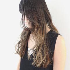 バレイヤージュ グラデーションカラー 外国人風カラー モード ヘアスタイルや髪型の写真・画像