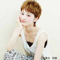 外国人風 ピュア アッシュ パーマ ヘアスタイルや髪型の写真・画像