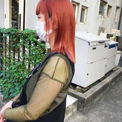 ミディアム ヘアカラー 切りっぱなしボブ ブリーチカラー ヘアスタイルや髪型の写真・画像