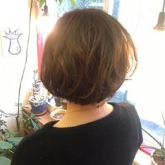 ショート アッシュベージュ 大人かわいい 艶髪 ヘアスタイルや髪型の写真・画像