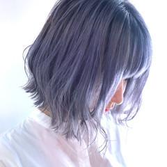 アッシュグレー ブルー ブルーアッシュ ブルーラベンダー ヘアスタイルや髪型の写真・画像