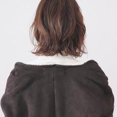 ゆるふわパーマ 無造作パーマ フェミニン ボブ ヘアスタイルや髪型の写真・画像
