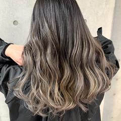 エアータッチ バレイヤージュ 透明感カラー コントラストハイライト ヘアスタイルや髪型の写真・画像